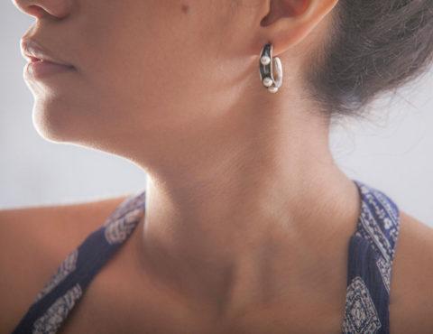 anticlastic pearl earrings 1